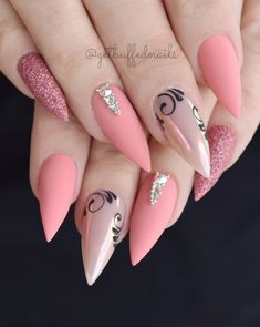 9,484 отметок «Нравится», 53 комментариев — ⭐️ Sarah ⭐️ (@getbuffednails) в Instagram: « Salmon Pink Birthday Nails for my Bestie! Swipe for more pics Using my new @gfa_australia…»