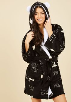 Neither Ear Nor There Robe. No matter how you unwind, you'll achieve relaxing bliss in this black robe! Always Cold, Pajamas Women, Crazy Cat Lady, Modcloth, Pajama Set, Amazing Women, Lounge Wear, My Style, Cute