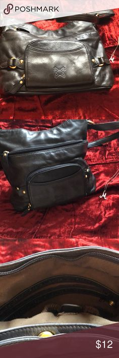 Stone Mountain Purse Stone Mountain leather purse. It has a lot of pockets for such a small purse. Stones Mountain is a good quality name. Stone Mountain Accessories Bags Hobos