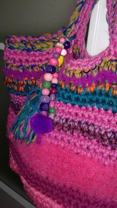 Crocheting, Diy And Crafts, Crochet Necklace, Purses, Bags, Jewelry, Fashion, Beachwear Fashion, Knit Bag