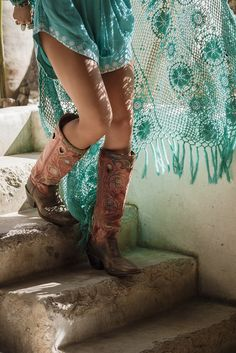 178 Best BOOTS and CHAPS and COWBOY HATS images in 2019  7180d99fc25