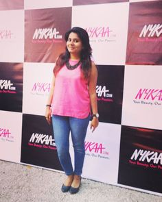 Ootd from #nykaabathandbody  event. Well spent evening with @mynykaa and fellow beauties :) Thanks @oimfashionn for pic.  I told you pink and blue :p  #pink #event #delhi #fashionlove #fashiondiaries #makeup #beautyblogger #delhigram #delhifashionblog #delhifashionblogger #letuspublish #gurgaon #lodhigarden #desi #nykaa #posing #highheels #follow #instafashion #sexy #delhifashion