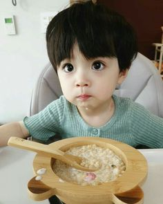 From fake boyfriends they went on to form a Family, they are both in love . - From fake boyfriends they went on to form a Family, both are in love … # Fanfic # amreadin - Cute Asian Babies, Korean Babies, Asian Kids, Cute Babies, Cute Baby Boy, Baby Kids, Cute White Boys, Cute Boys, Baby Boy Stuff