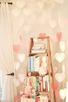 love these hanging heart doilies from domestic fashionista <3