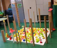 Resultado de imagen de instalaciones artisticas infantiles