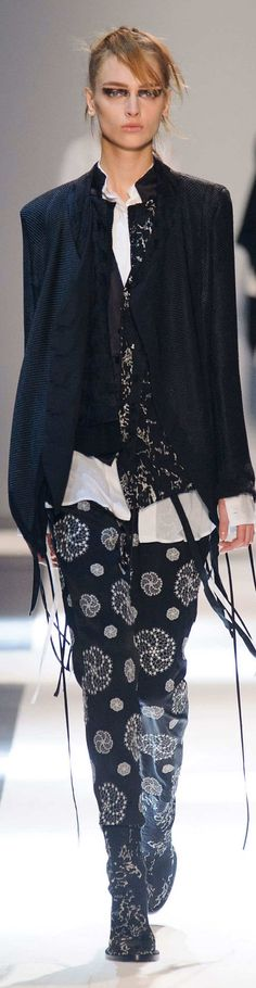 Ann Demeulemeester Collection  Spring  2015