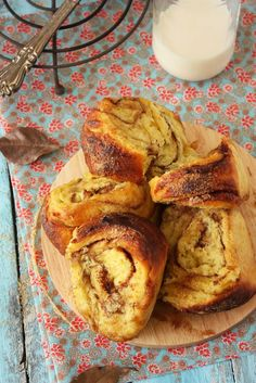Sweet Potato Brown Sugar Cinnamon Rolls from @zurina | cherry on cake