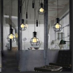Với chiếc đèn trang trí nội thất kiểu chân nhện LL-5185, dòng đèn trang trí nội thất vinatge thiết kế với những bóng đèn thả xuống hình thù tựa các chiếc chân nhện. Đây chắc chắn là sản phẩm độc đáo mang đến phong cách mới mẻ cho không gian của bạn.  Đây là mẫu đèn trang trí nội thất lắp đặt cho các không gian quán cafe, nhà hàng hoặc các căn hộ chung cư cao cấp.