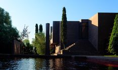 Family house by Ricardo Bofill | Detached houses