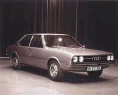 OG | 1976 Audi 100 C2 | Early  full-size design proposal. This right side is 2-door model.