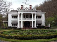 McNeer House-1917: built by Caperton McNeer and is listed on the National Register of Historic Places. Home is located near the famous Greenbrier Resort and many Civil War sites