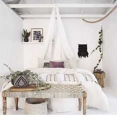 white bohemian bedroom ☆