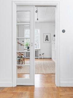 French Door Curtain Ideas For Your Home Cavity Sliding Doors, Sliding French Doors, Sliding Glass Door, Double Doors, Kitchen Sliding Doors, Interior Barn Doors, Home Interior, French Interior, Scandinavian Interior