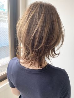 Pin on ウルフボブ Short Thin Hair, Short Grey Hair, Medium Hair Styles, Short Hair Styles, Pre Shampoo, Shoulder Length Hair, Grunge Hair, Love Hair, Hair Today