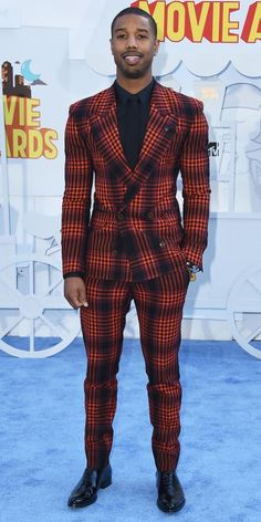 Michael B. Jordan Photos - Actor Michael B. Jordan attends The 2015 MTV Movie Awards at Nokia Theatre L. Live on April 2015 in Los Angeles, California. - The 2015 MTV Movie Awards - Arrivals Mtv Movie Awards, Bae, Michael B Jordan, Plaid Suit, How To Look Handsome, Glamour, Vivienne Westwood, Swagg, Moda Masculina