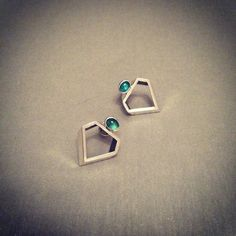 Diamond Cut Silver Earrings with Emeralds Crystallized Collection Emeralds, Diamond Cuts, Jewelry Collection, Silver Earrings, Contemporary, Crystals, Accessories, Beautiful, Bijoux