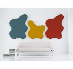 Wall absorbent that both absorbs sound and creates a happy atmosphere in the workplace. Very easy to mount on the wall.