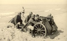 IG infantry support gun of the Wehrmacht (early version - spoked wheels) , Normandy, Ww1 Photos, German Soldiers Ww2, Ww2 Tanks, Military Equipment, Historical Pictures, Military History, Historian, World War Ii, Funny Photos