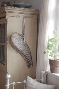 Antique Angel Wings