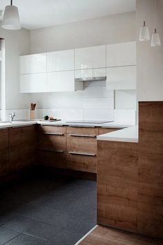 Uplifting Kitchen Remodeling Choosing Your New Kitchen Cabinets Ideas. Delightful Kitchen Remodeling Choosing Your New Kitchen Cabinets Ideas. Best Kitchen Designs, Modern Kitchen Design, Interior Design Kitchen, Design Bathroom, Oak Kitchen Cabinets, Kitchen Flooring, Kitchen Wood, White Cabinets, Upper Cabinets