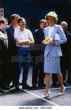 Princess Diana Princess of Wales May 1989 walking holding flowers meeting bus workers Falkirk blue suit Princess Diana Scotland - Stock Image
