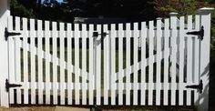 white picket victorian gate for driveway - Google Search