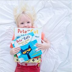 Pete the Cat's guide to living a groovy life! Everyone's favorite cat shares his inspirational and feel-good quotes in Pete the Cat's Groovy Guide to Life—a fun graduation gift for groovy cats of all ages. 📸 @faustisland