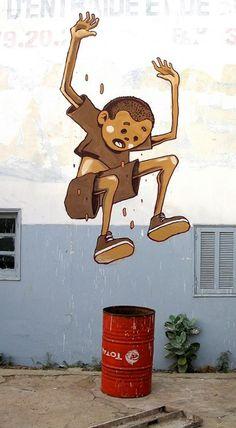 Street Artist: Aryz