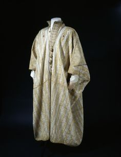Arab robe worn by T. E. Lawrence Arabian Peninsula, 1916 Ashmolean Museum