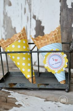 Free printable ice cream cone wrappers