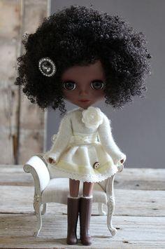 Custom black Blythe