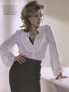 Gillian-Anderson-gillian-anderson-15235060-500-668.jpg (500×668)
