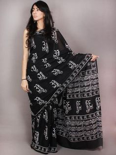 Black White Hand Block Printed in Natural Colors Cotton Mul Saree - S03170794