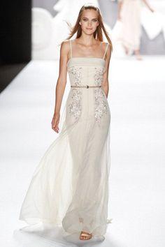 Carolina Herrera -Simple in White