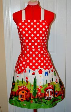 Updated link to Michael Miller fabric to make this apron.  Reviewer answered my question regarding red fabric allowance for top of apron.  Everything is made with the same fabric!!