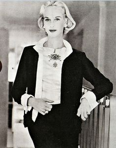 1956 Patsy Pulitzer in a classic Chanel suit, photo by Frances McLaughin-Gill
