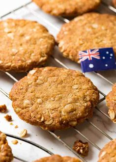 Close up of Australia's favourite biscuit on a cooling rack - Anzac Biscuits Oatmeal Cookie Recipes, Oatmeal Cookies, Oatmeal Biscuits, Easy Anzac Biscuits, Toffee, Just Desserts, Dessert Recipes, Homemade Sausage Rolls, Sweets