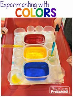 3 Easy Color Theory Experiments from Play to Learn Preschool - Great unit for Mouse Paint by Ellen Stoll Walsh Kindergarten Science, Preschool Lessons, Preschool Classroom, Preschool Activities, Colour Activities Eyfs, Mouse Paint Activities, Water Play Activities, Science Lessons, Color Unit