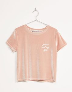 Embroidered text velvet top - T- Shirts - Bershka Spain