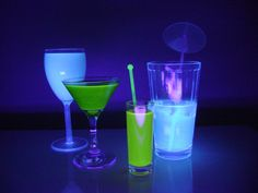 Glow in the Dark Drinks How-To