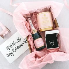 Will you be my bridesmaid? 6 gifts for your bridesmaid proposals Ask your bridesmaids that important question with this luxury gift box from Pandora. Bridesmaid Boxes, Bridesmaid Proposal Gifts, Asking Bridesmaids, Wedding Gifts For Bridesmaids, Bridesmaids And Groomsmen, Gifts For Wedding Party, Party Gifts, Wedding Ideas, Bridesmaid Presents