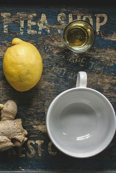 Consuming hot water and a generous squeeze of lemon is a perfect way to start your morning. Lemon juice clears and purifies skin, aids in toxin removal, improves immune system, and acts an an anti-bacterial for the body. Squeeze half a fresh lemon into a mug of hot water. This will really kick start your day! | Skin Problem Solutions | Skin Care Tips