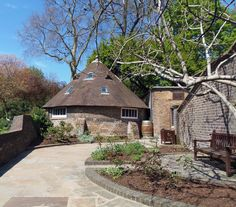 LONDON....... Holland Park  The Ice House,