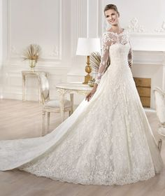 Fashion Friday: Atelier Pronovias and Elie by Elie Saab 2014