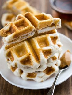 Peanut Butter Sandwich Waffles are perfect for breakfast or lunch! Make them into sticks as dippers for breakfast or package them as sandwiches in lunchboxes. These easy sandwiches are made in a waffle iron and can be easily frozen and toasted for later! Two Ingredient Desserts, 2 Ingredient Recipes, Peanut Butter Waffles, Peanut Butter Sandwich, Easy Desserts, Dessert Recipes, Dessert Food, Dessert Ideas, Waffle Day