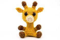 free crochet pattern for a giraffe Crochet Elephant Pattern, Crochet Animal Patterns, Stuffed Animal Patterns, Crochet Blanket Patterns, Amigurumi Giraffe, Mini Amigurumi, Crochet Patterns Amigurumi, Little Giraffe, Cute Giraffe