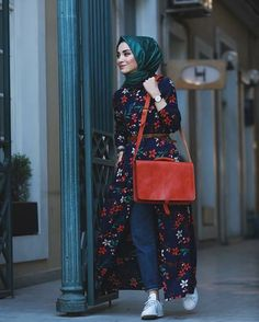 Hijab outfits for petite girls – Just Trendy Girls Hijab Fashion Casual, Street Hijab Fashion, Casual Hijab Outfit, Hijab Chic, Abaya Fashion, Modest Fashion, Fashion Outfits, Hijab Style Dress, Emo Fashion