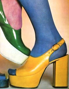 """Platform Shoe Advertisement"" by Advertising Archives Canvas Wall Art - Schuhe Ideen 60s And 70s Fashion, Vintage Fashion, Seventies Fashion, Fashion Edgy, Vintage Style, 70s Shoes, Disco Shoes, Retro Shoes, 1970 Style"
