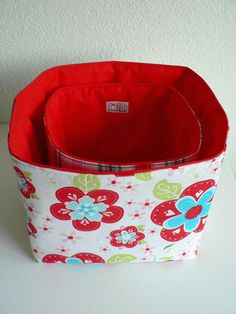 Reversable storage baskets