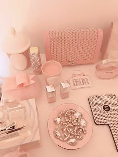 Best Home Decoration Stores Peach Aesthetic, Classy Aesthetic, Cute Pink, Pretty In Pink, Bedroom Wall Collage, Pink Princess, Princess Party, Princess Crowns, Disney Princess
